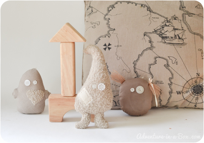 Make Toy Ghosts for Halloween: DIY Tutorial with a Pattern