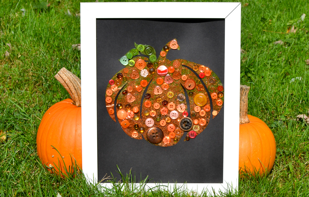 Button Pumpkin: Bright and Easy Autumn Craft