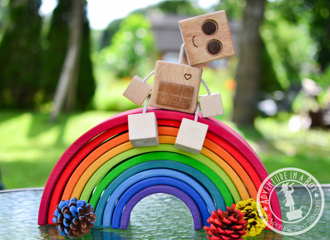Wood Robot Toy: a simple woodworking project for kids