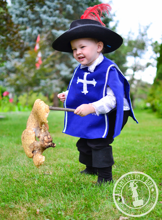 How to Make a Musketeer Costume for Halloween | Adventure ...