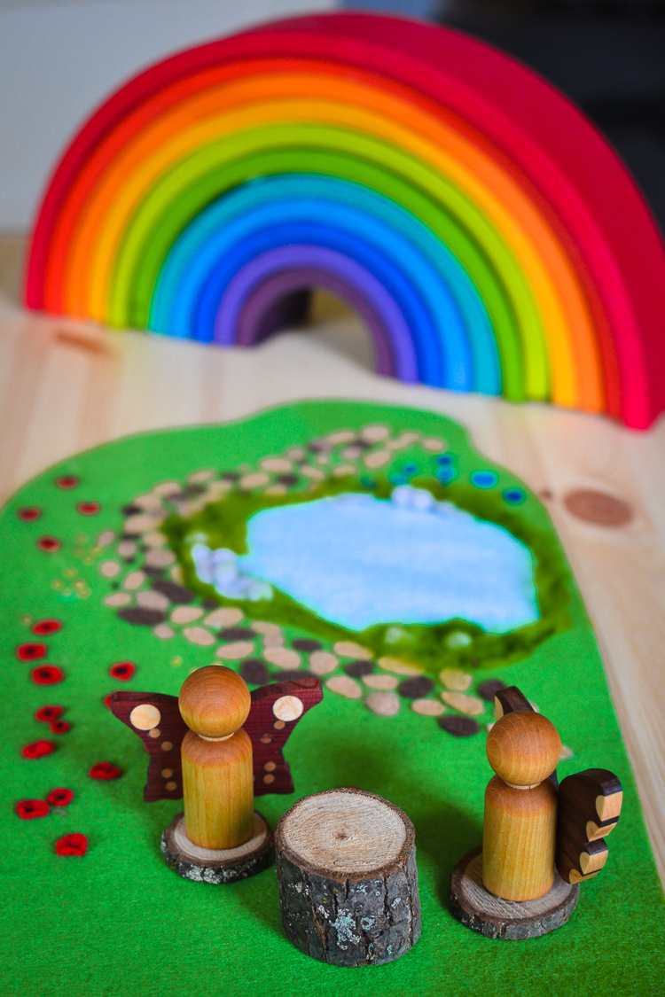 diy-woodland-meadow-no-sew-felt-mat-3