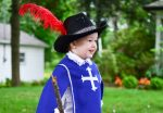 How to Make a Musketeer Costume for Halloween