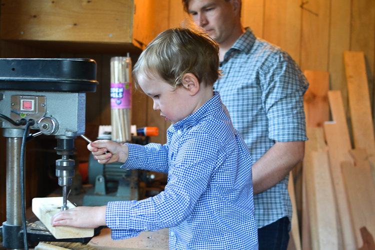dad-kid-woodworking-project-diy-wooden-boat-2